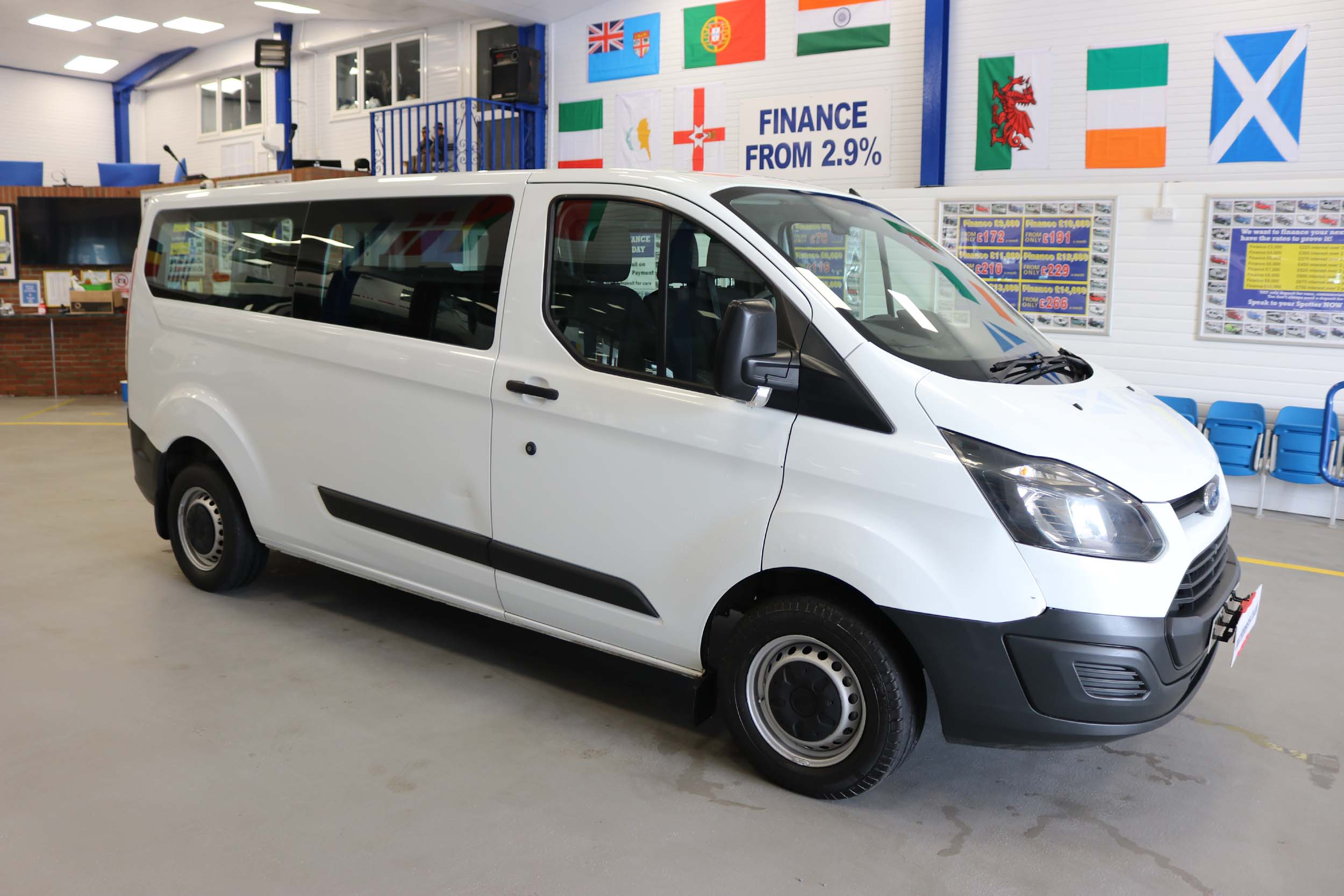 Click to view details about FORD TRANSIT CUSTOM 310 2.2TDCI ECO-TECH 125PS 9 SEAT LWB MINIBUS