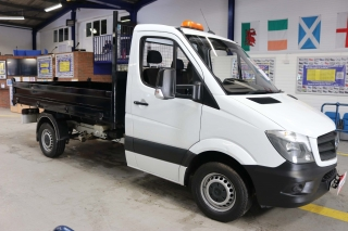 Click to view details about MERCEDES SPRINTER 313 2.2CDI 129PS SINGLE CAB TIPPER