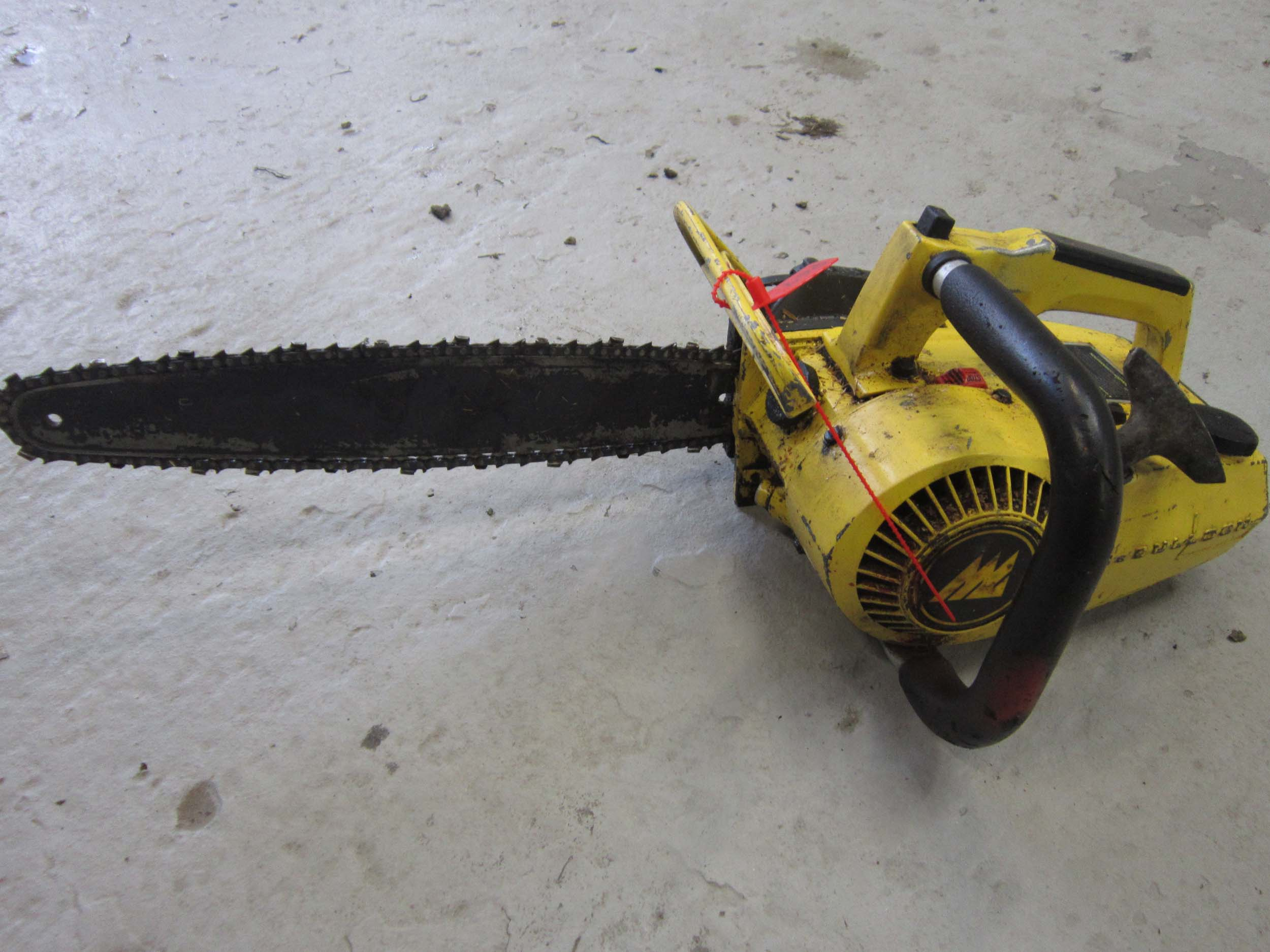 Click to view details about McCULLOCH POWER MAL6 PETROL CHAINSAW